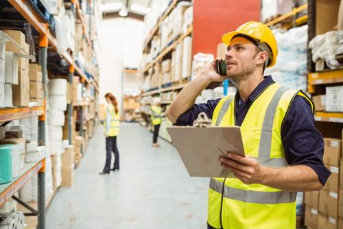 Here are the main similarities and differences between using marketplace fulfillment center vs. distribution center services.
