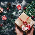 4 ways to bring a holiday theme to your subscription box